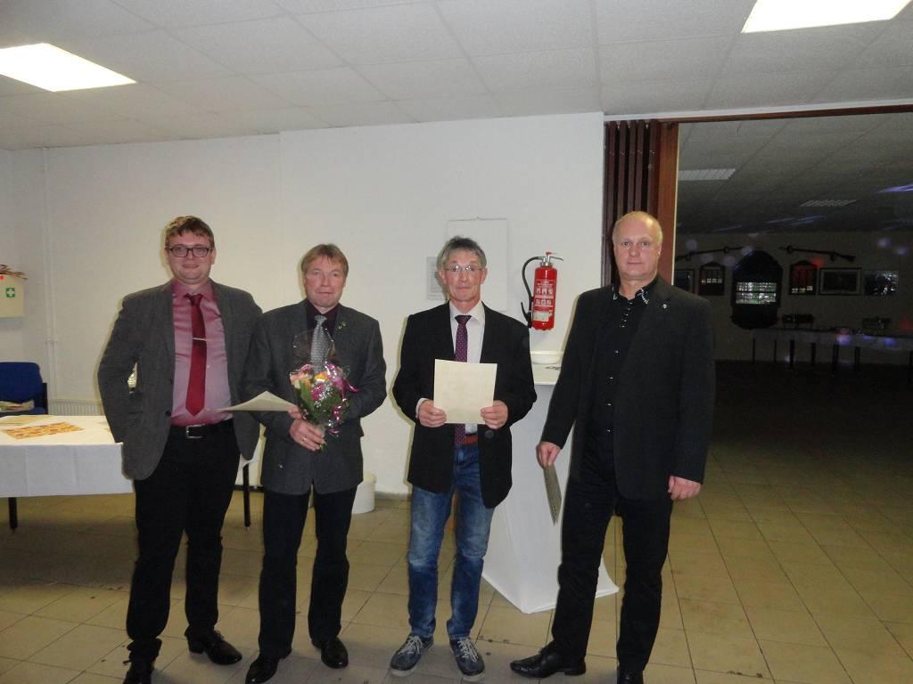 Herren A Meister Andreas Wurst,  Zweitplatzierter Jörg Benzin sowie Drittplatzierter Gerd Frank